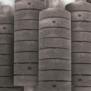 silicon carbide foam used as heating transfer materials